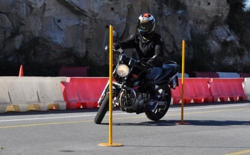 Jorge Lorenzonak most közúton is bizonyítani kell motorozásból - Fotó: blog.motorcycle.com