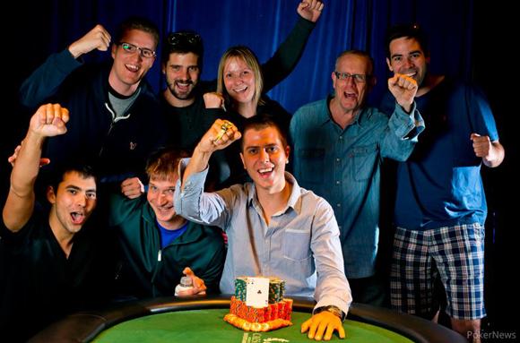 Szécsi Norbert, a Las Vegasban zajló WSOP-n világbajnoki címet nyert az 1000 dollár nevezési díjú No Limit Holdem versenyen