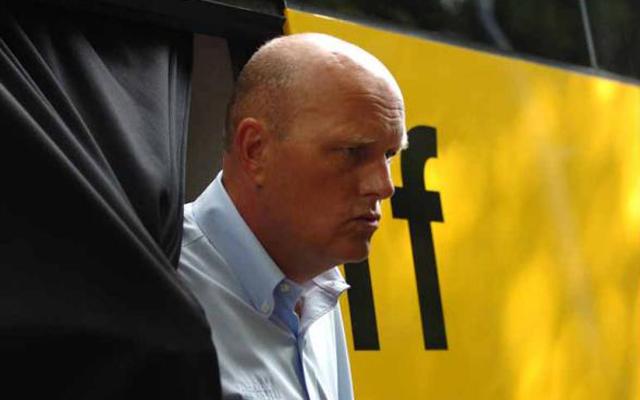 Riis gondterhelt arca érthető, hiszen sokfelől támadják a korábbi dopping ügyek miatt - Fotó: cyclingnews.com