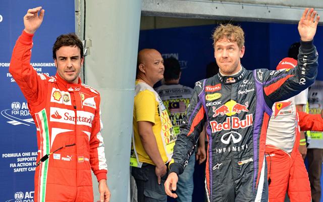 Alonso és Vettel csatája sorsdöntő ütközethez érkezik - Fotó: AFP