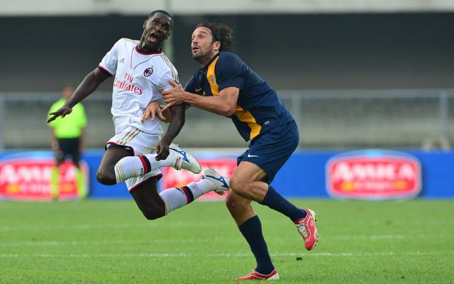 Puhány volt a védekezés az oroszlánként küzdő, két gólt szerző Luca Tonival szemben, meglesz a következménye - Fotó: AFP