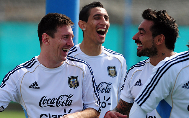 Messi és társai felszabadultan készülnek a Paraguay elleni rangadóra / AFP