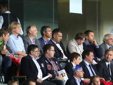 Paulo Sousa a Puskás Stadion VIP-páholyában - Fotó: NSO
