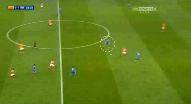 ...így Modric üresen maradt, s az eégsz második félidőt irányítása alatt tarthatta