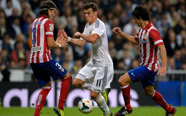 Bale több próbálkozásból sem jutott át az élő falon - Fotó: AFP