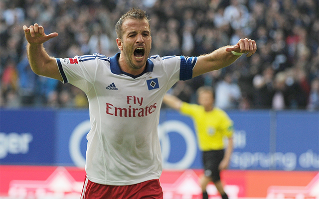 Van der Vaart szombaton is győzelemre vezetheti a Hamburgot. - Fotó: AFP