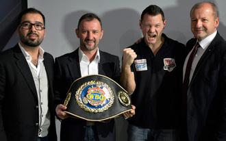 Erdei Zsolt Eb-címért bokszol Magyarországon