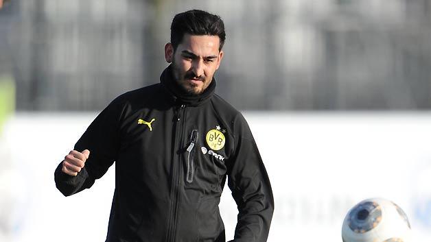Gündogan boldogan maradt Dortmundban