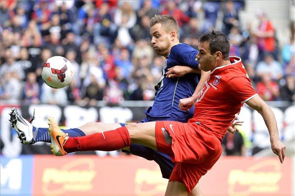 Nikolics immáron 16 gólnál jár a bajnokságban / MTI