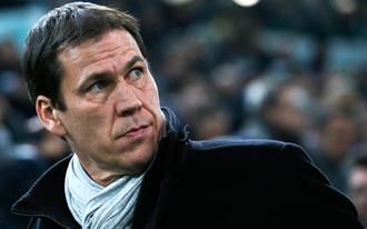 A Juventus csak a bírók miatt előz meg minket - Rudi Garcia