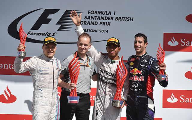 Hamilton nyert, és csökkent a lemaradása összetettben - Fotó: AFP
