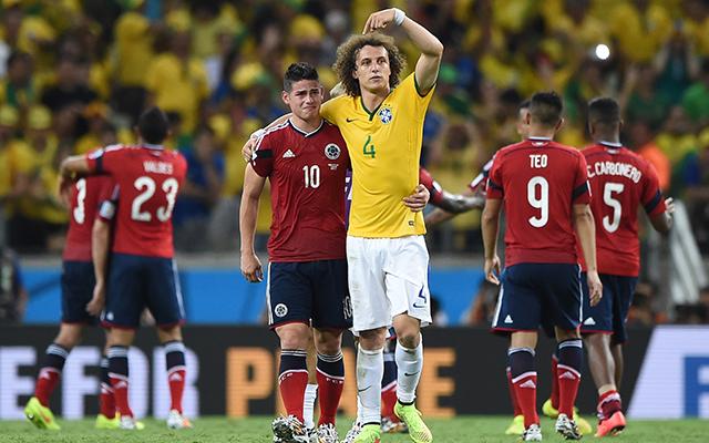 David Luiz vigasztalta Hameszt - Fotó: AFP