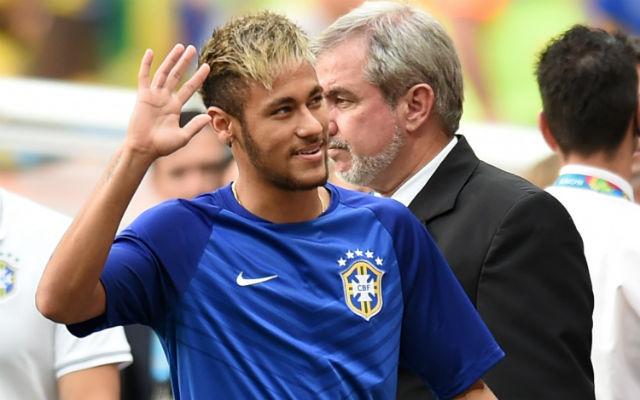 Neymar szerint férfiként kell megbirkózniuk a gondokkal - Fotó: AFP