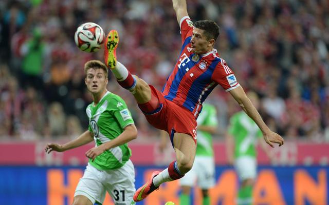 Lewandowskinak nem sikerült gólt szereznie első bajnoki meccsén a Bayernben - fotó: AFP