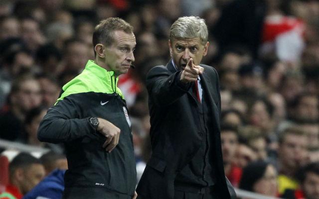 Arséne Wengernek ezútattal csak a magyarázkodás maradt. - Fotó: AFP