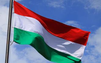Az online fogadóirodák beperelték a magyar kormányt
