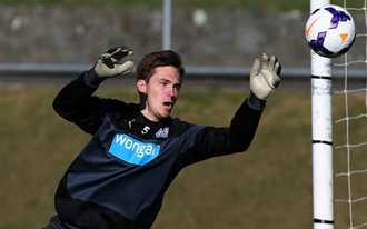 17 éves kapussal állhat ki a Newcastle a derbire