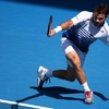 Wawrinka űrtenisszel elődöntős, Djokovics és Serena is simázott