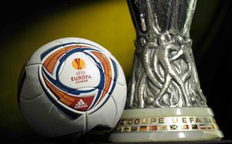 Francia csapatot fogad a MU, rangadót játszik a Roma