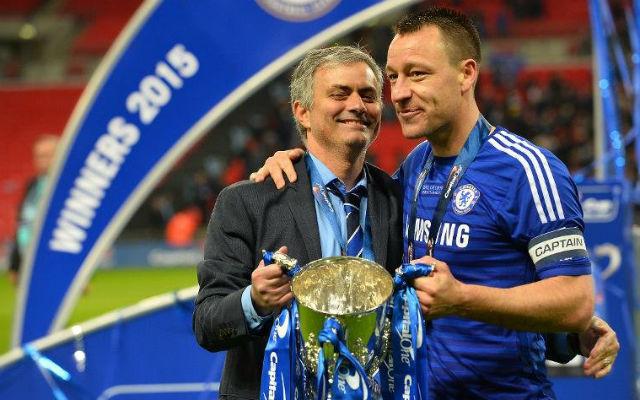 José Mourinho első trófeáját nyerte a Chelsea-vel, mióta visszatért a Stamford Bridge-re. - Fotó: AFP