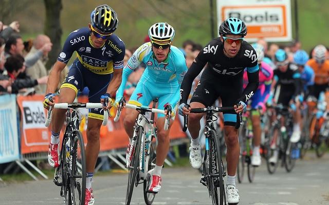 Alberto Contador (balra) és Richie Porte (jobbra) csatáját hozhatja az idei verseny.