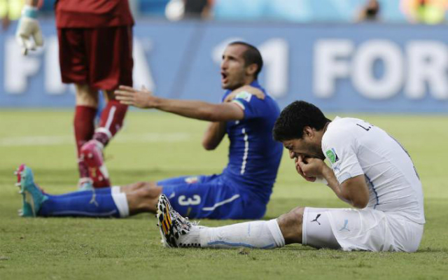Suáreznek ezúttal a lába fáj, nem a foga