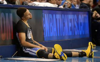 Curry és Paul hetekig nem játszhat