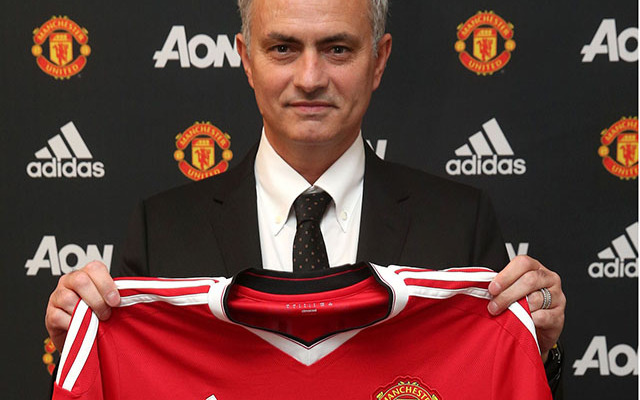 Hivatalos - Mourinho Manchesterbe költözik