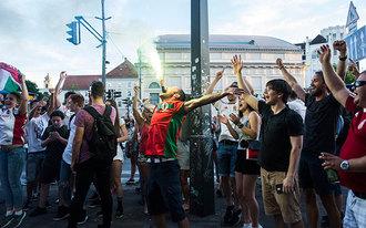 Nyitott stadionokat akarnak a magyar szurkolók