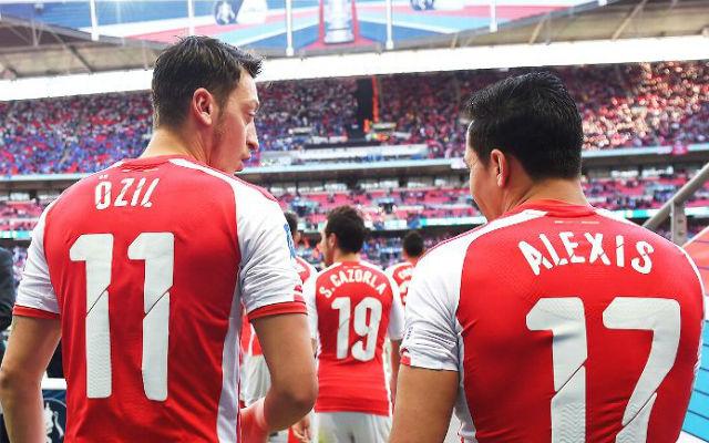 Özil és Alexis útjai elválnak egymástól?