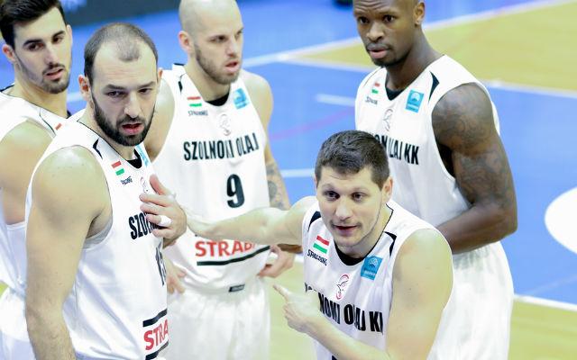 Újabb nehéz meccs előtt a Szolnok. - Fotó: basketballcl.com