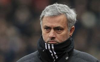 José Mourinho választott a PL és az EL között