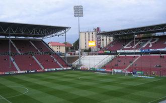Négy ember vett jegyet a román bajnokira