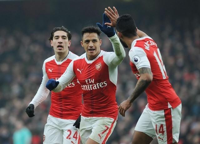 Alexis vezeti az Arsenalt