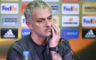 Mourinho a Fradi edzőjét másolta