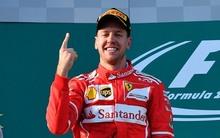 Vettel Melbourne után Bahreinben is lenyomta a Mercedest