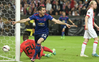 A MU teljesen megfojtotta az Ajaxot, készülhet a BL-re