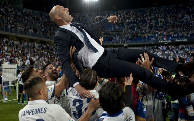 Zidane 2020-ig hosszabbít a Real Madriddal.
