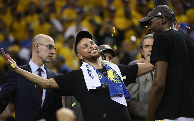 Curry és Durant verhetetlen párost alkotott