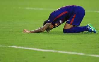 Neymar sírva könyörgött a Barcelonának, hogy ne adják el