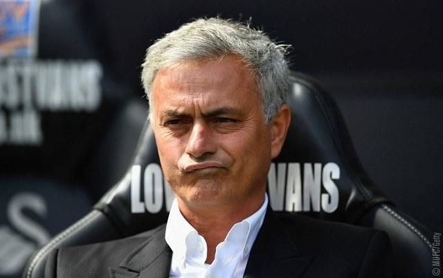 Mourinho ábrázata csalóka, a portugálnak nincs miért fintorognia / facebook.com/manchesterunited