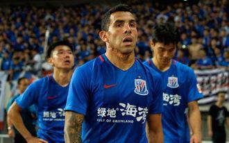 50 év alatt sem lesz nagy a kínai futball - Tévez