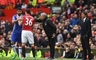 Erősen döntetlenre áll a Chelsea-MU rangadó?