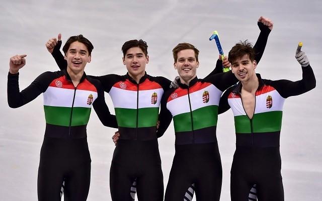 Az olimpiai bajnok magyar váltó. - Fotó: MTI/Czeglédi Zsolt