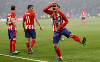 Egyre valószínűbb, hogy elbukja sztárigazolását a Barcelona