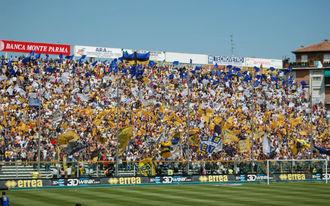 Bundázás miatt bukhatja el a feljutást a Parma
