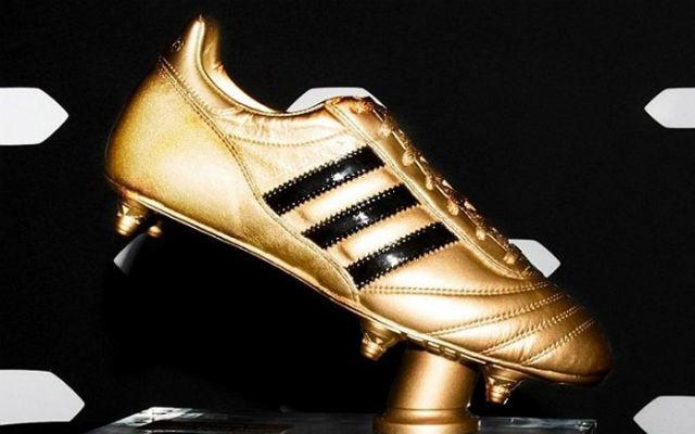 A torna egyik legfontosabb egyéni elismerése. fotó: FIFA