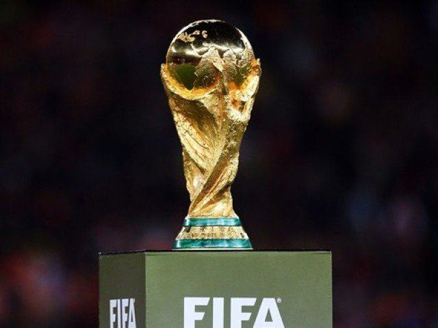Vajon kié lesz a trófea? - Fotó: FIFA