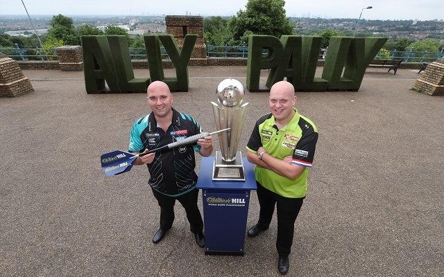 Ki nyeri a 2019-es PDC darts-vb-t?