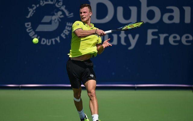 Megoldható feladat előtt Fucsovics a dubaji nyolcaddöntőben. - Fotó: ATP